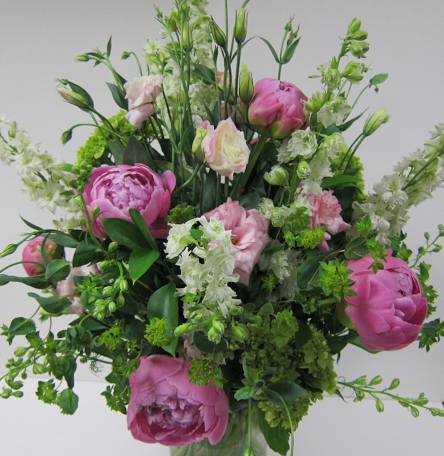peonies-and-lisianthus