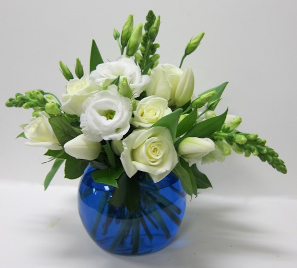 white-mix-in-blue-vase